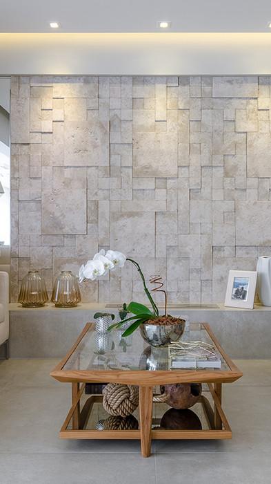mosaico-etrusco-fendi_mariana-lobo_f-r.jpg