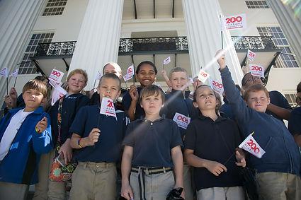 Children on Capitol steps.