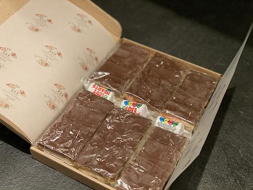 6 Millionaires Shortbread Slices - postal