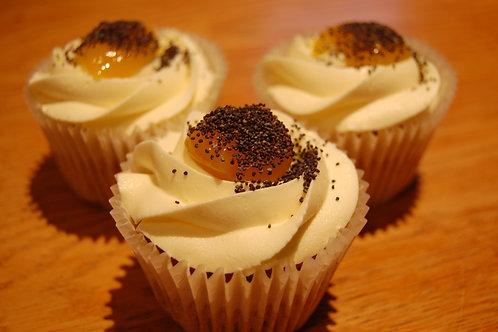 6 Lemon & Poppyseed Cupcakes