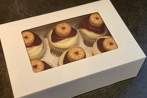 6 Jammy Dodger Cupcakes
