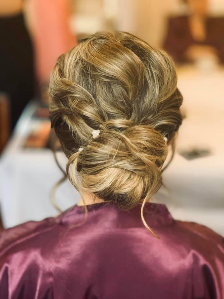 Beautiful Bridal Hair  at Mulberry House