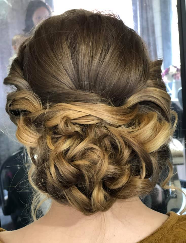 Beautiful Bridesmaid updo