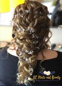 gorgeous bridal hair and hair vine