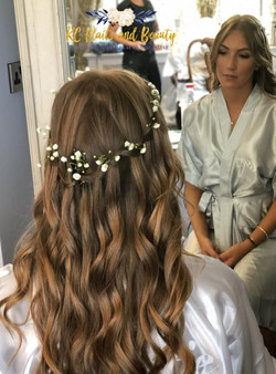 wedding waterfall plait with curls