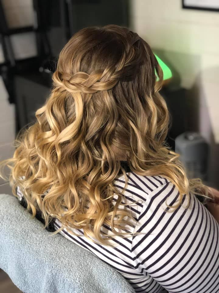 Pretty half up half down wedding hair
