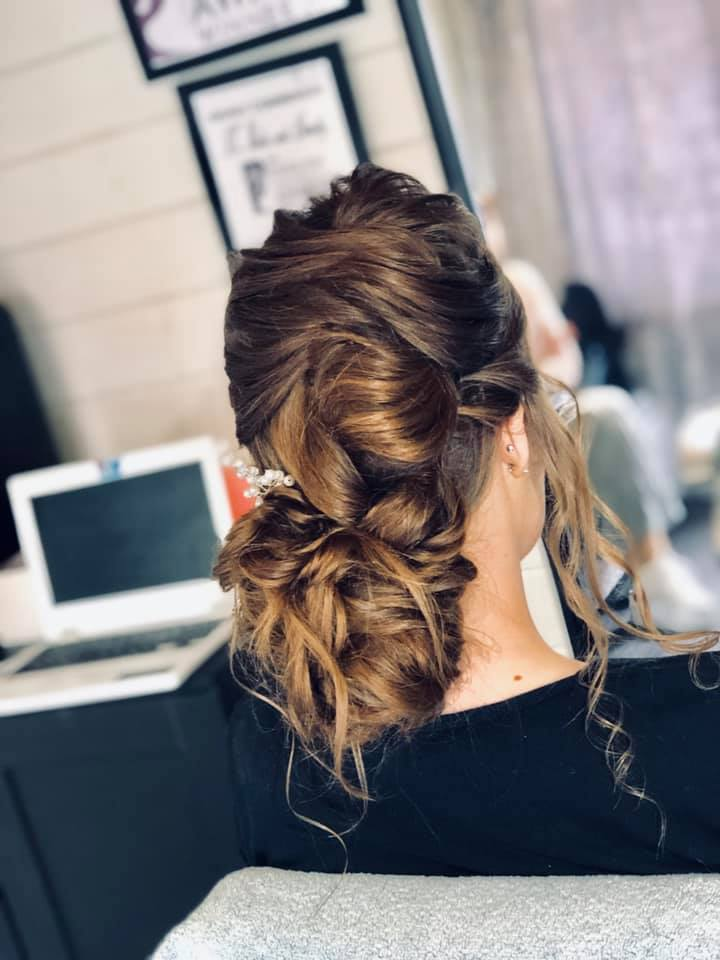 Beautiful textured wedding hair for this