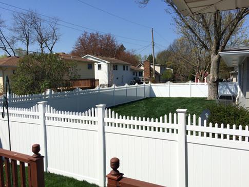 Lovewell Fencing Vinyl