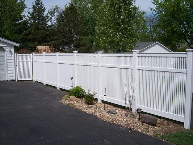 Lovewell Residential Heartland Vinyl Fencing