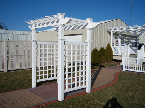 Lovewell Fencing Showroom