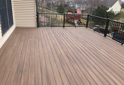 Lovewell Maintenance Free Decking