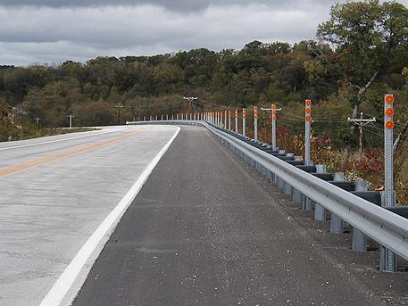 Guardrail with HDPE blocks & reflectors