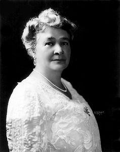Ernestine_Schumann-Heink_1916.jpg