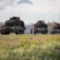 tanks_1000.jpg