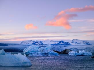 Sunset at Jökulsárlón Iceberg Lagoon