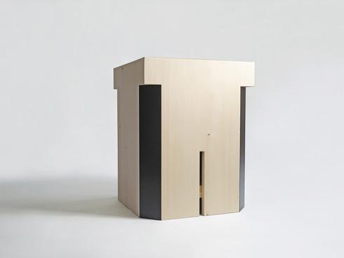 Balthazar Stool_Storage box_Image 03