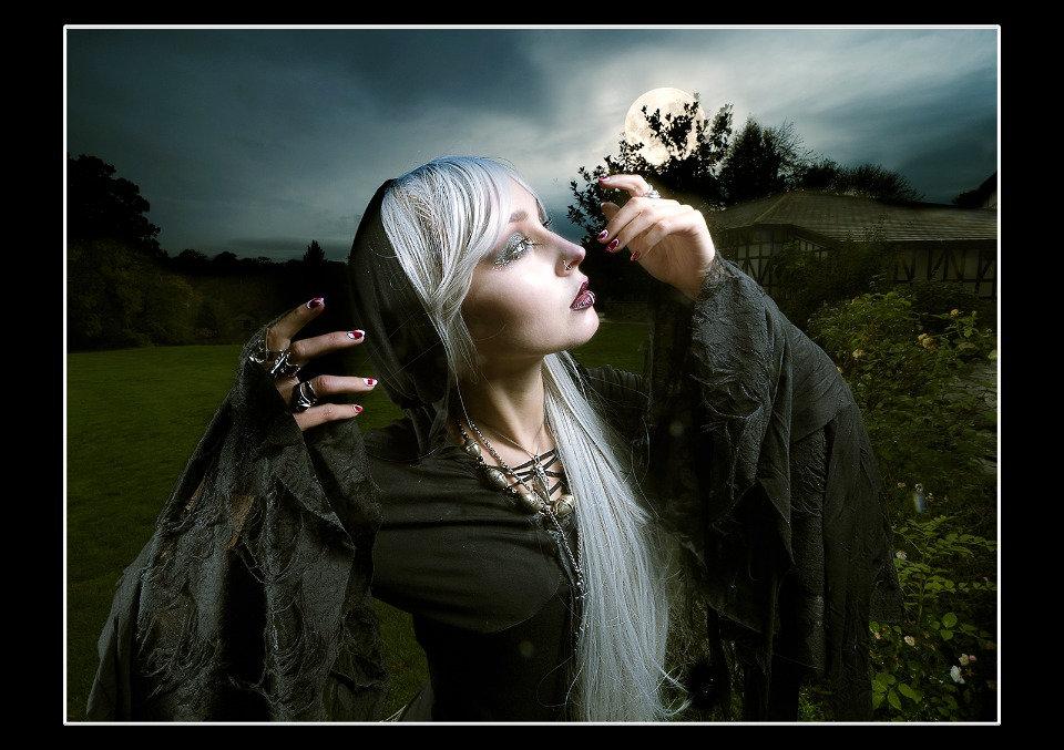 Moonlit Invocation