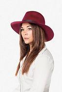 model-hat.jpg