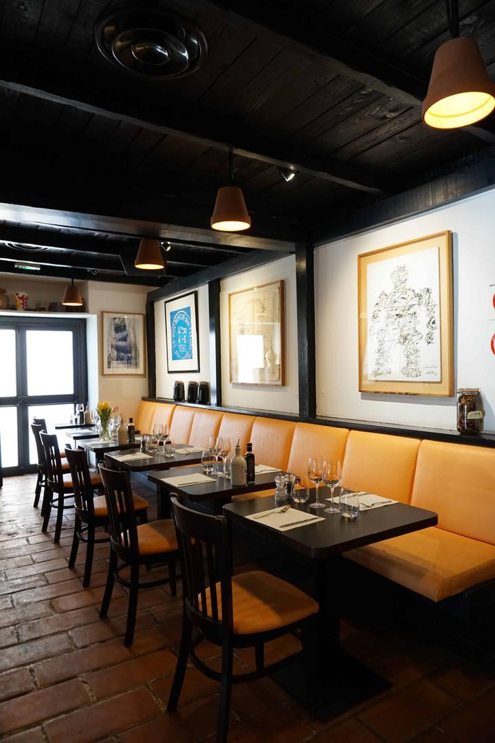 Restaurant le Safari salle intérieur.JPG