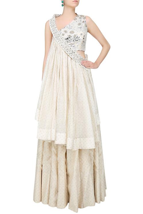 White Embroidered Pleat Detail Mini Skirt. Previous Next