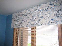 SOFT FOLDED VALANCE