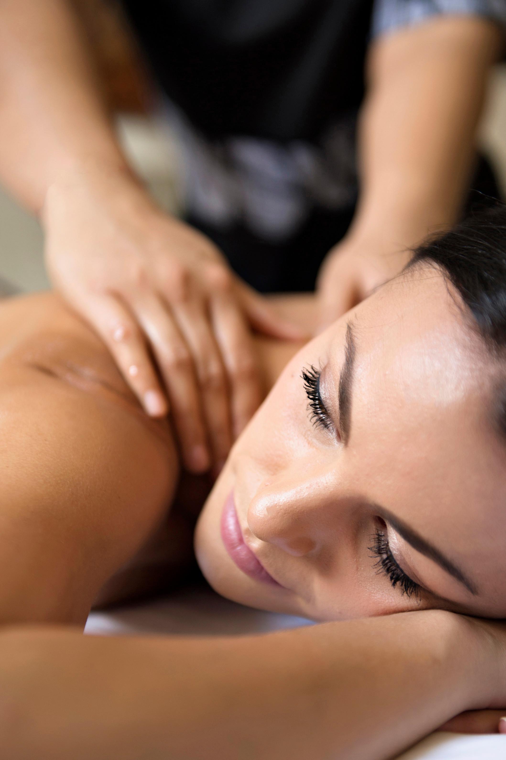 60 minute Balinese Massage