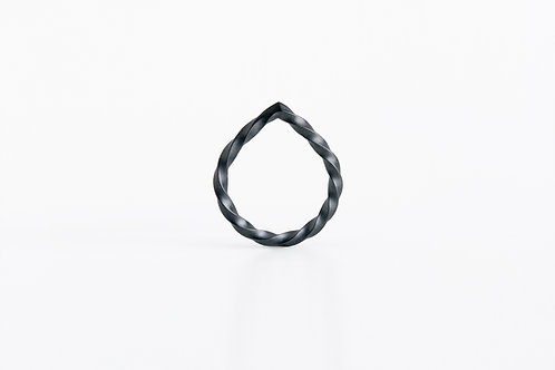 Twisted Tear : Ring