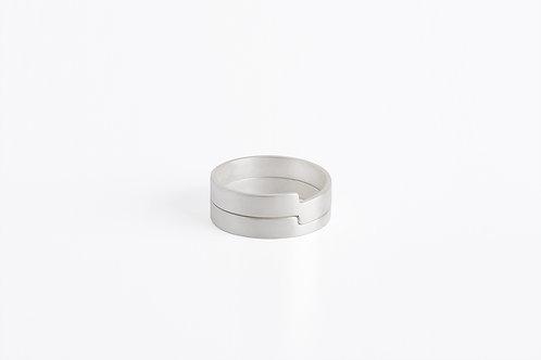 To Encircle : Set of Rings