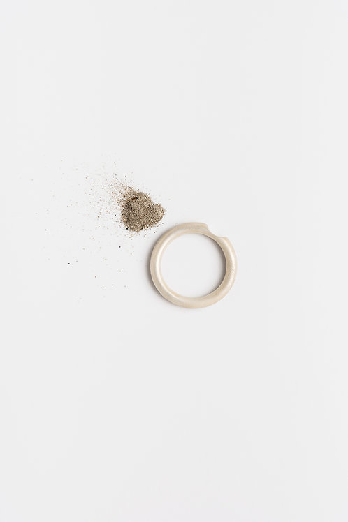 Less #1 : Personal Silver Ring