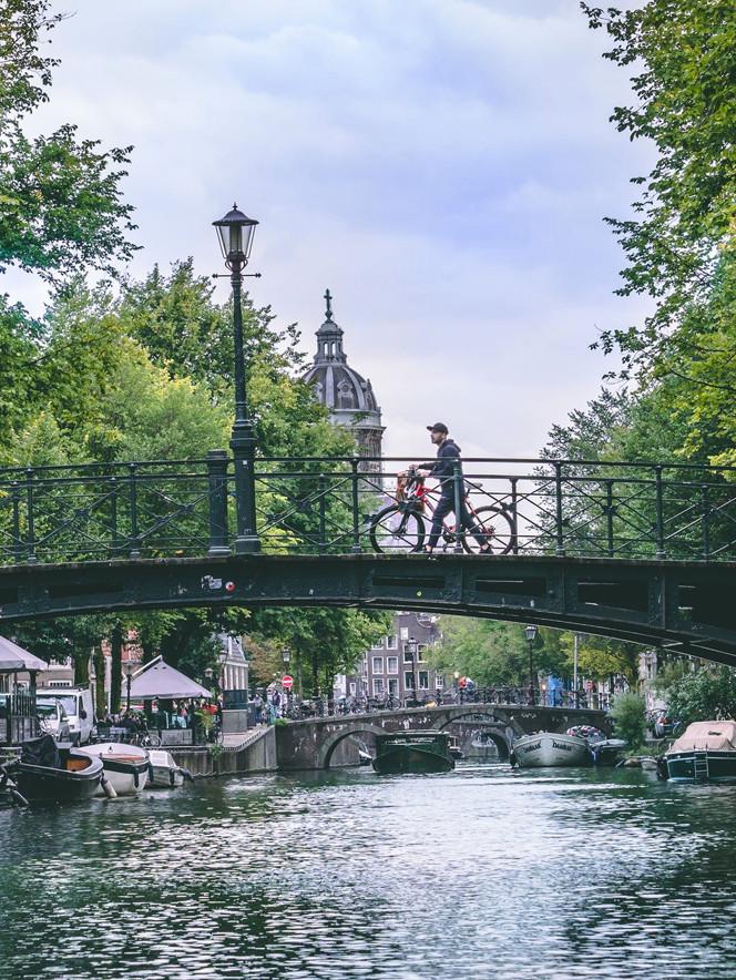Port_Amsterdam_Canal_15.jpeg