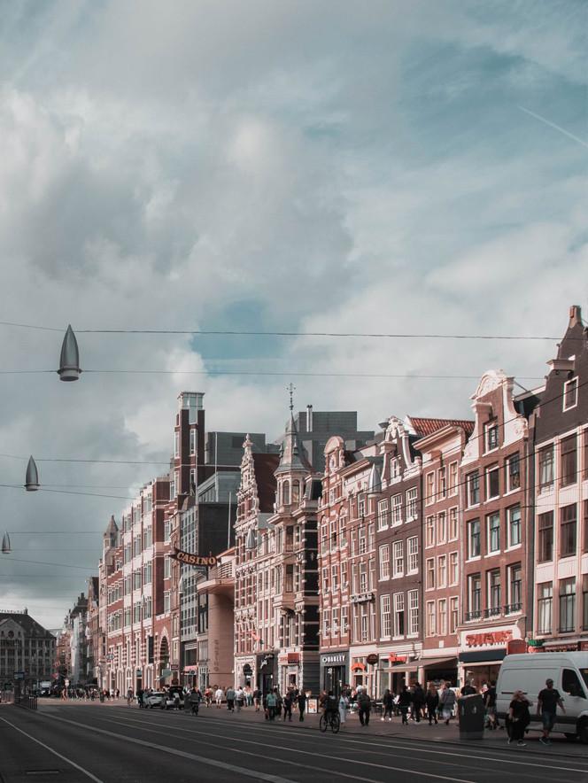Port_Amsterdam_Canal_4.jpeg