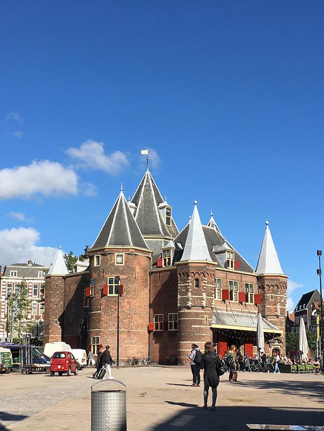 Port_Amsterdam_Canal_7.jpeg