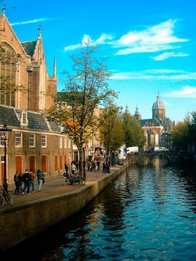 Port_Amsterdam_Canal_16.jpeg
