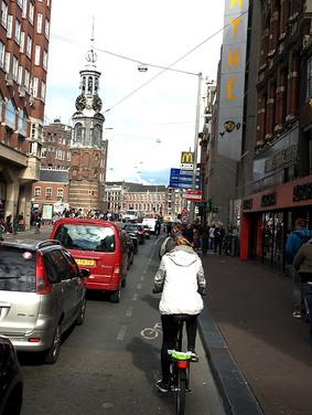 Port_Amsterdam_Canal_14.jpeg