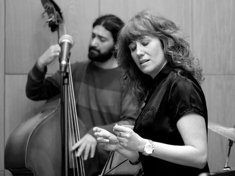 Από το Rempetiko στον Μάνο Χατζιδάκι με Jazz Άποψη
