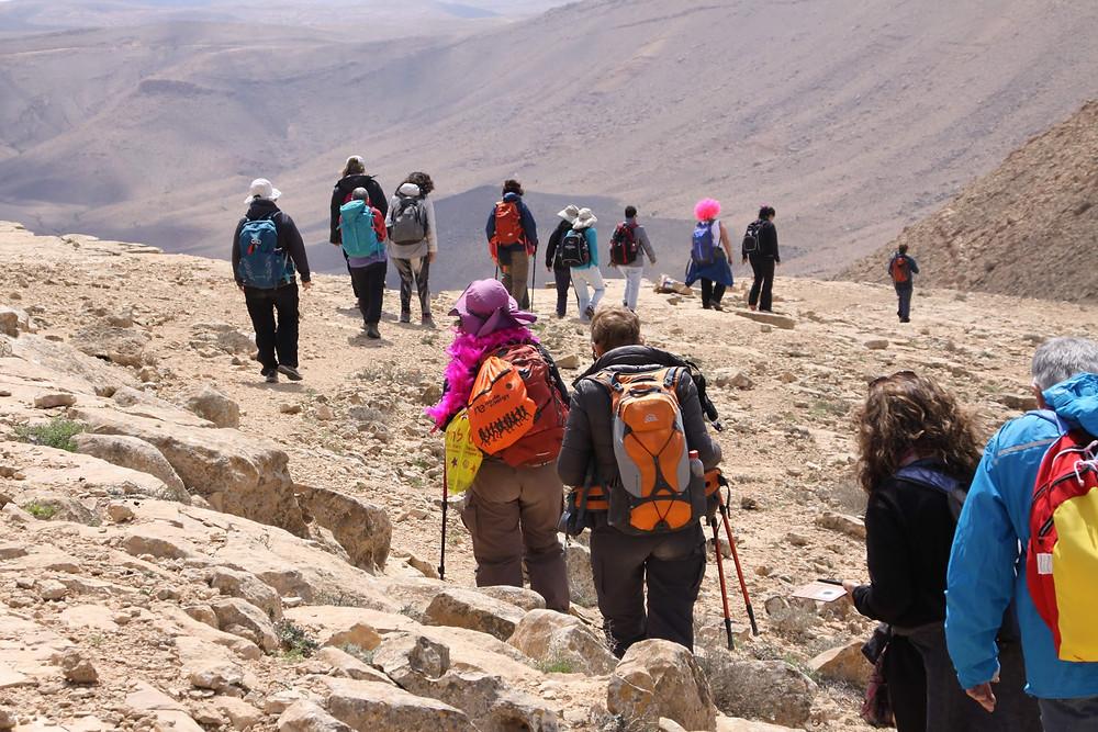 מאירות שביל ישראל במכתש רמון