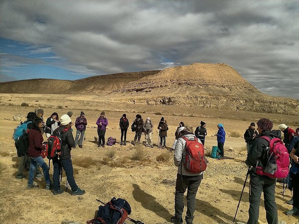 מאירות שביל ישראל מסלול 45 במכתש רמון