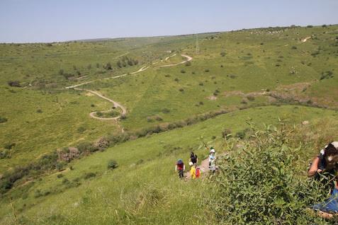 מאירות שביל ישראל מסלול 27 בעלייה לגזית נחל תבור