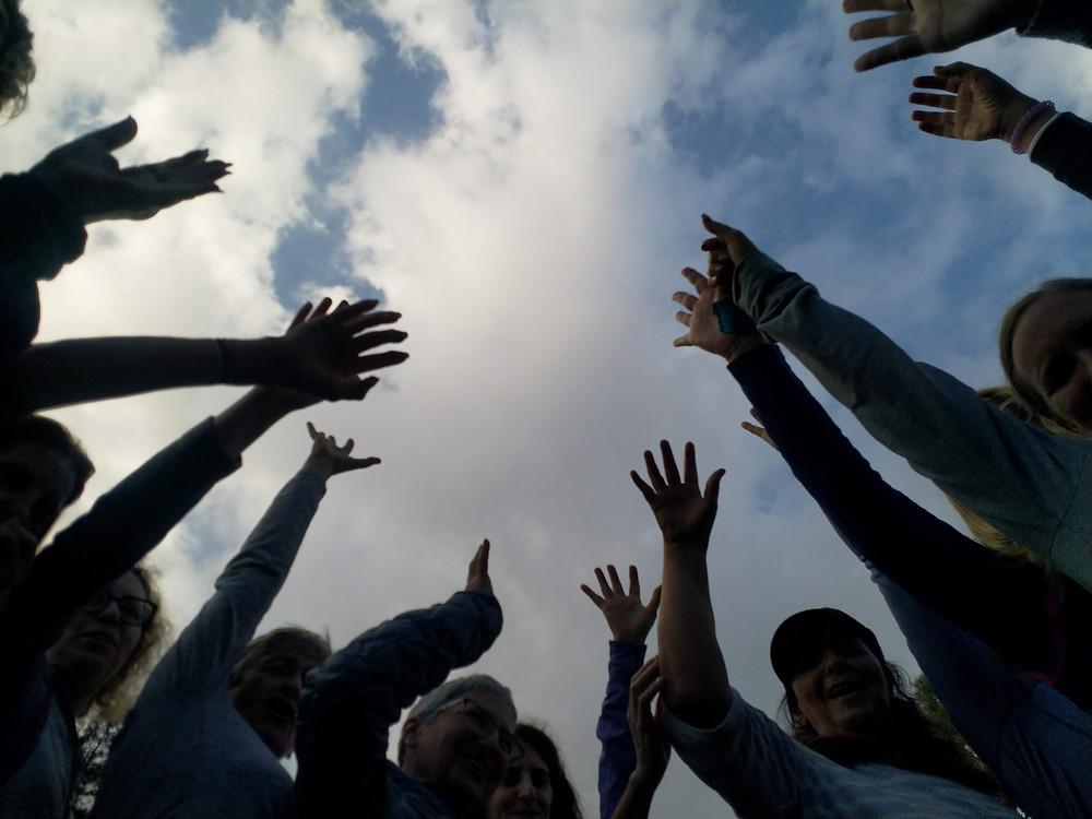 מאירות שביל ישראל נשים מטיילות יחד מסלול 42