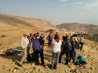 מאירות שביל ישראל בנחל זהר