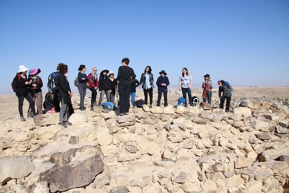 מאירות שביל ישראל במיצד עוזה עתיקות
