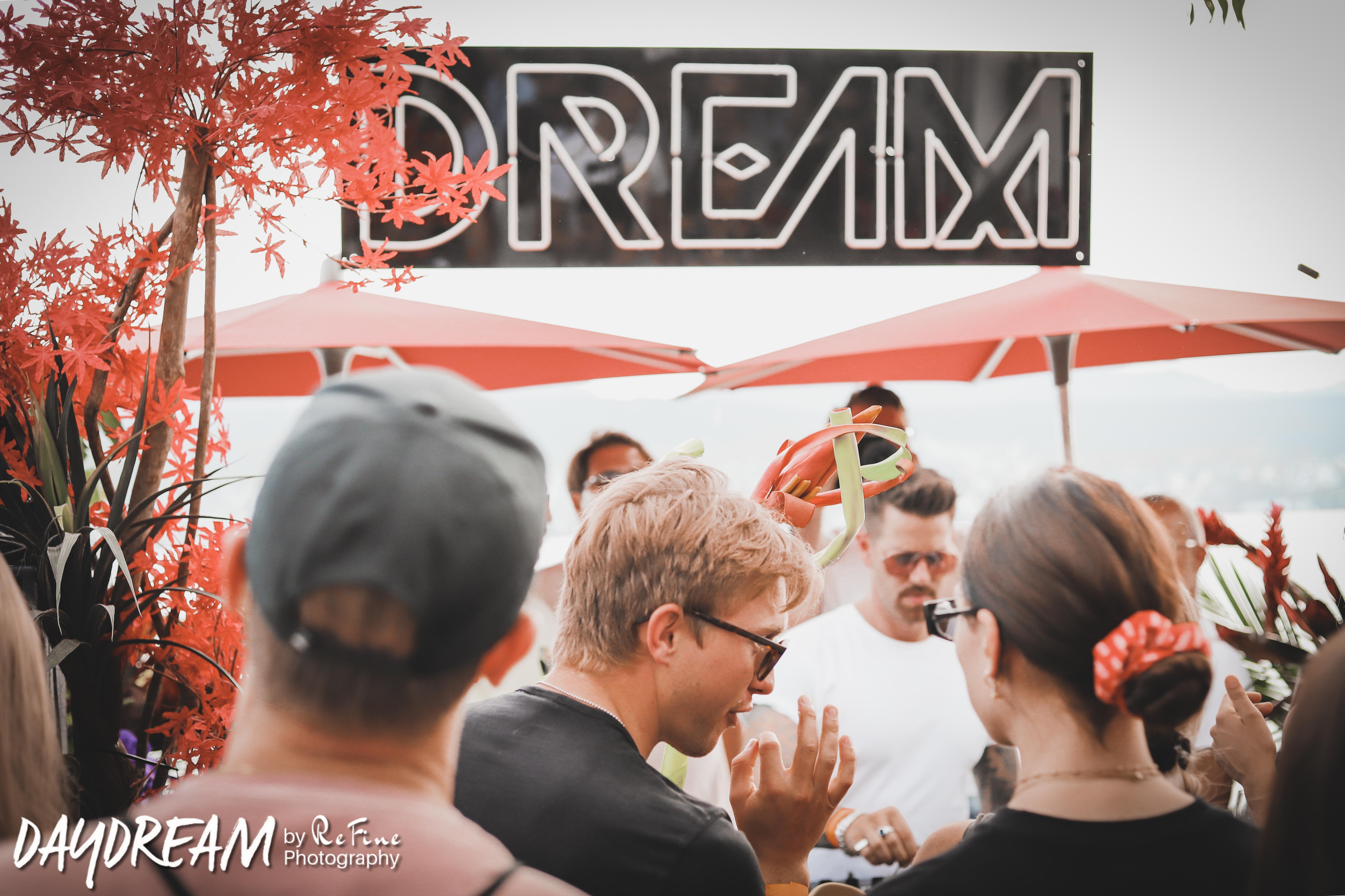 DREAM_ZH56