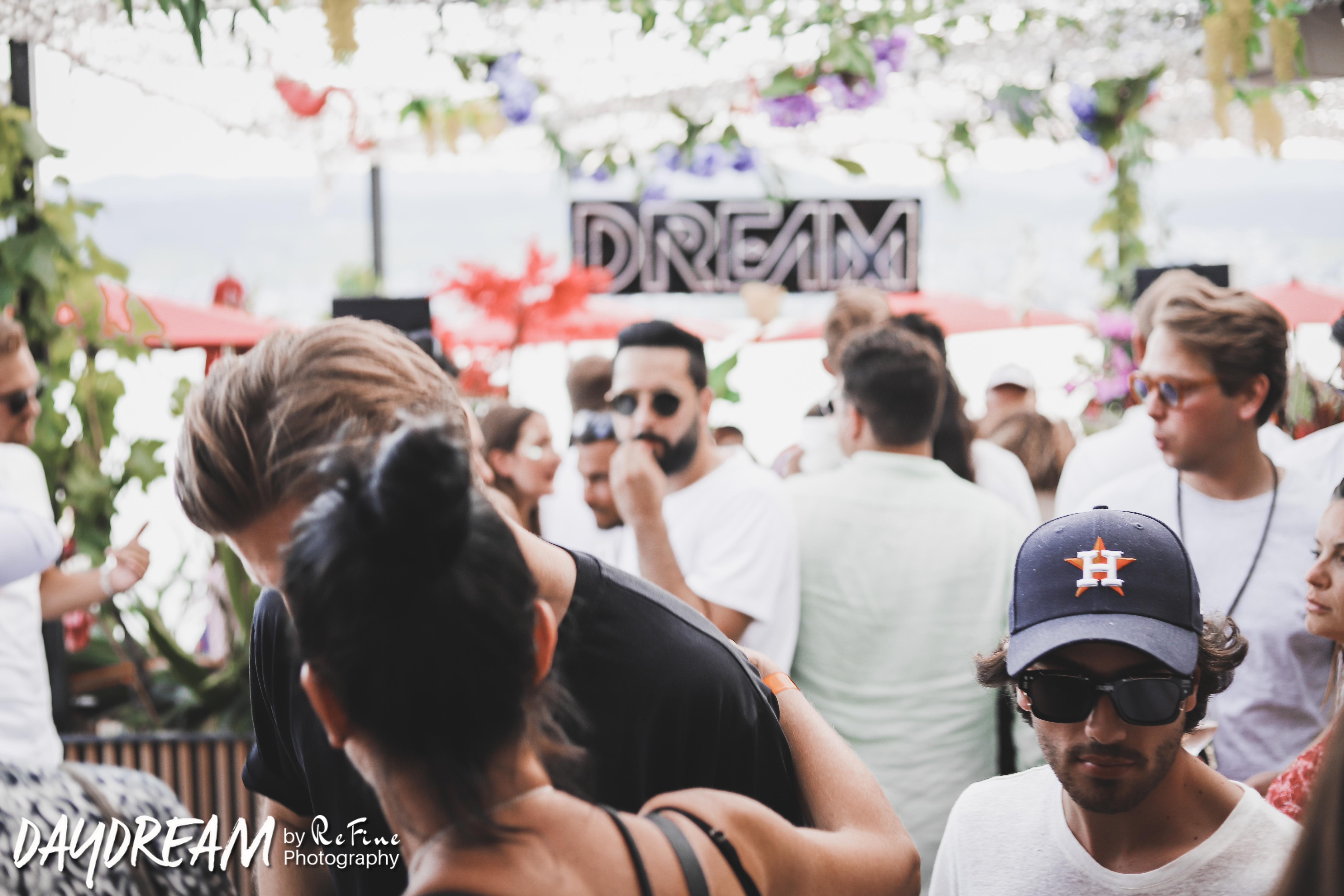 DREAM_ZH132