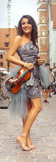 Irmina Trynkos 0327-5 - 14MB - © Agata P