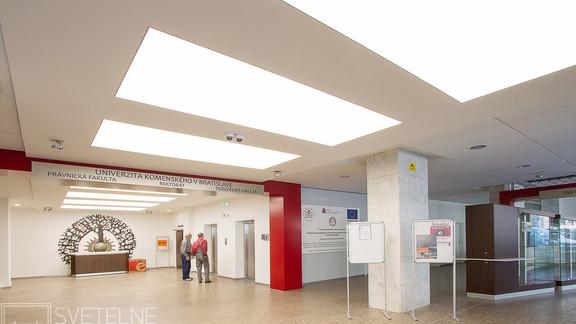 Svetelne Stropy univerzita zapustene REC custom-1.jpg