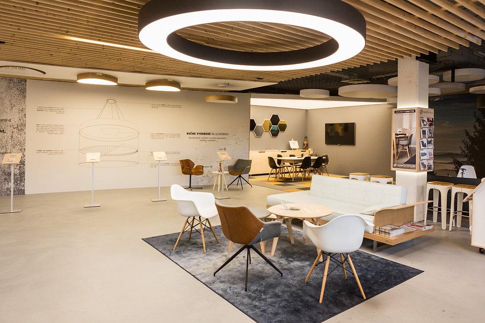 Showroom svetelne stropy Racianska ul bratislava Príďte sa k nám inšpirovať osobne svetlo, svietidlo, osvetlenie, led, lišta, efektívne, kvalitné, zapustene, svetelny strop, riešenie