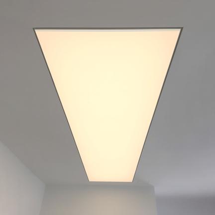 Branc-smartlight-bez-vodoznaku-3_symetrical.png