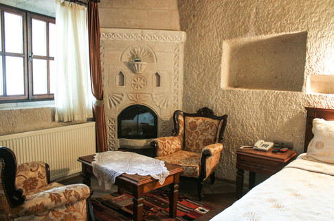 Bridge of Memories x Vezir Cave Suites