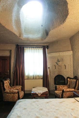 Bridge of Memories x Vezir Cave Suites