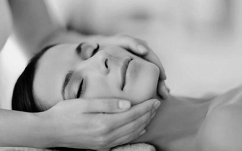 Face massage wix 2.jpg